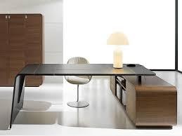 bureau d angle avec ag es 252 best excutive images on office spaces desks and