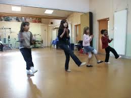 modern jazz chant danse troline enfants