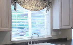 White Kitchen Curtains Valances by Curtains Kitchen Curtains With Valance Pleasing U201a Awesome