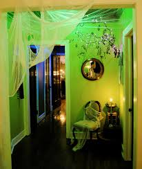 Walgreens Halloween Decorations 2015 by Love The Green Glow Using Florescent Blacklight Bulbs Found At