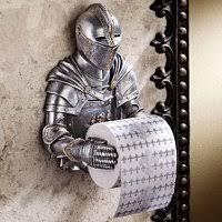 toilettenpapierhalter witzige deko für das badezimmer