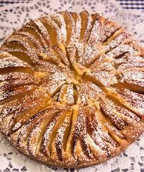omas apfelkuchen mit mandeln fein und lecker