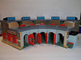 Thomas And Friends Tidmouth Sheds Wooden by Thomas Wooden Railway Tidmouth Sheds Layout Guide