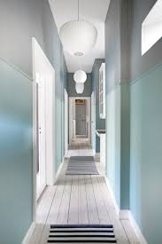Two Tone Walls No Chair Rail by Two Toned Hallway Bo Bedre No Hall U0026 Entry Pinterest