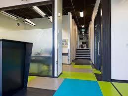 Nora Rubber Flooring Australia by Rubber Flooring Regupol Everroll Stone Active Jacobsen Nz