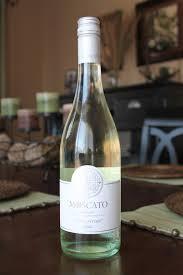 Moscato D Asti Sweet White Wine Delicioso wonderful Moscato