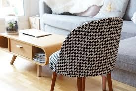 tissus pour recouvrir canapé mon petit fauteuil en pied de poule la perchée de service