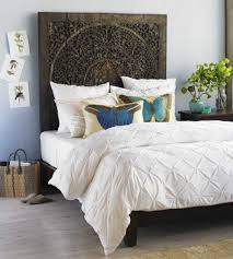 Bamboo Headboard And Footboard by Bedroom Wicker Headboard And White Bed Sheet Also Grey Bed Runner