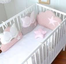 patron tour de lit bebe tour de lit bébé fille hibou et nuage tons roses et gris pour