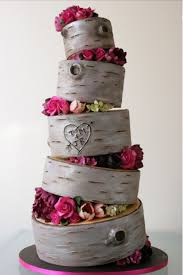 Add Rustic Elegance To Your Wedding Woodland Outdoor Theme Or Other With This Dynamic Tree Stump Cake A Topsy Turvy