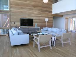 parkettboden im wohnzimmer charaktervoller bodenbelag