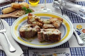 cuisiner la roussette roussette en sauce au pastis et au vin blanc
