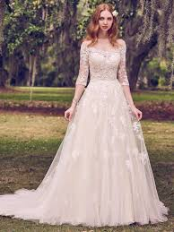 6 Best Wedding Dresses For A Rustic