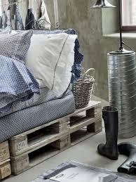 73 best diy euro pallet beds u0026 sofas images on pinterest pallet