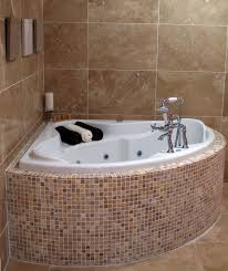Tiling A Bathtub Skirt by Best 25 Corner Bathtub Ideas On Pinterest Corner Tub Corner