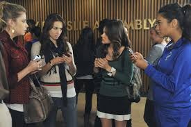 Pll Halloween Special Season 2 by The 50 Most Bizarre Menacing Messages Sent By U0027a U0027 On Pretty