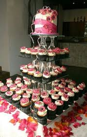 Weddbook Cupcake Tiers With A Big Cake On Top What Sweet Idea Cute Wedding Ideas And Lovely Cupcakes You Will Enjoy This To The Core