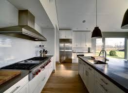 plan de travail en r駸ine pour cuisine cuisines plan de travail pour cuisine resine meuble blanc