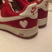 RED HEART NIKE AIRS TRENDY TREND AESTHETIC TUMBLR VINTAGE On The Hunt