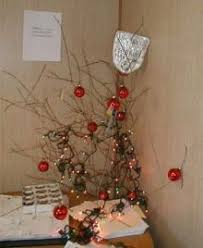 Tumbleweed Christmas Trees by Post Your Christmas Tree Vesti Ign Boards