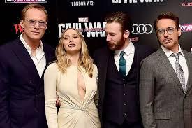 Chris Evans Caught Ogling Elizabeth Olsens Breasts At The Captain America Civil War London Premiere