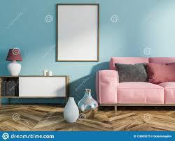 blaues wohnzimmer rosa sofa plakat stock abbildung