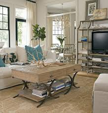 Living Room Traditional And Chic Coastal Living Room Idea With