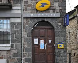 bureau de poste 16 e gouarec les élus refusent la fermeture du bureau de poste
