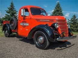100 1940 International Truck