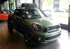 MINI Interns Create Paceman Truck - MotoringFile