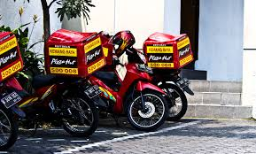 Motorcycle DeliveryPHD PHD Is Pizza Hut
