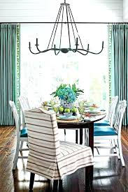 Architectural Details Add Elegance And Sophistication To The Dining Room Traditional Lighting