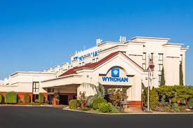 Lamp Liter Inn Visalia Ca United States by Visalia Hotel Coupons For Visalia California Freehotelcoupons Com