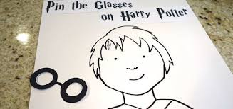 DIY This Harry Potter Themed Version Of The Classic Party Game Using Poster Board And