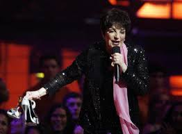 liza minnelli stepping out september 2009