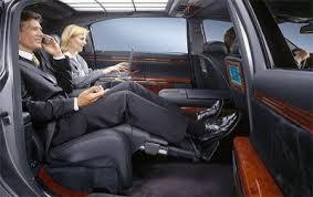 l interieur d une voiture de luxe le de moi lol