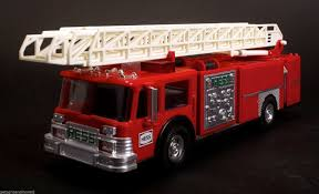 1986 Hess Toy Fire Truck Bank Red W/ Ladder And Engine | Hess Trucks ...
