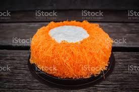 goldei eigelb thread kuchen oder torte foi tong lavakuchen stockfoto und mehr bilder bäckerei