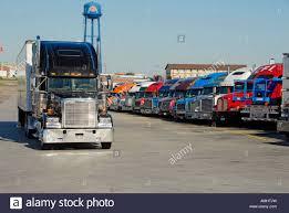 Iowa 80 Truck Stop Stock Photos & Iowa 80 Truck Stop Stock Images ...
