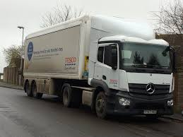100 One Stop Truck Shop Tesco YT67 VVX Delivering To One Stop Michael Willis Flickr