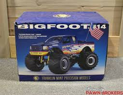 Bigfoot Monster Truck By The Franklin Mint - 1:24 Scale - Model ... Amazoncom Hot Wheels Monster Jam 124 Scale Dragon Vehicle Toys Lindberg Dodge Rammunition Truck 73015 Ebay Hsp Rc 110 Models Nitro Gas Power Off Road Trucks 4 For Sale In Other From Near Drury Large Rock Crawler Rc Car 12 Inches Long 4x4 Remote 9115 Xinlehong 112 Challenger Electric 2wd Round2 Amt632 125 Usa1 172802670698 Volcano S30 Scalextric Team Monster Truck Growler 132 Access