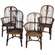 Windsor Chairs -19th Century English Bow Back - Set Of 4