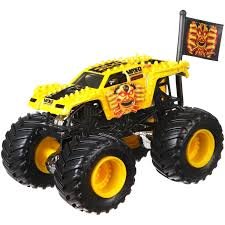Image For HW MJ 1:64 MAX-D YELLOW From Mattel | Jakobs Monster ... Monster Jam Maxd Hot Wheels Rev 2017 25 Truck Maxd And Similar Items 164 Drr68 Axial 110 Smt10 4wd Rtr Towerhobbiescom Rc Offroad 4x4 Buy Maxium Destruction With Revell 125 Max D Scale Snap Tite Plastic Model Kit Toy Australia Best Resource Electric Powered Trucks Hobbytown 2018 Series Wiki Fandom Powered By Wikia