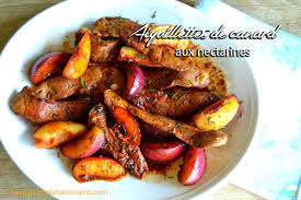 cuisiner les aiguillettes de canard aiguillettes de canard aux nectarines petits plats entre amis