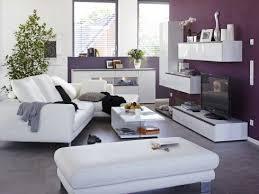 wohnzimmer lila wand wohnen wohnzimmer modern zuhause
