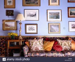 wohnzimmer wand blau caseconrad