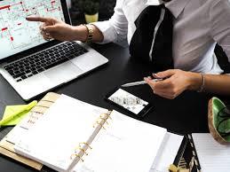 travail en bureau image libre affaires femme d affaires ordinateur portable