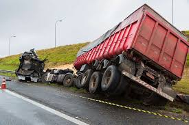 Los Angeles Truck Accident Lawyers - Avrek Law Helps Those Injured
