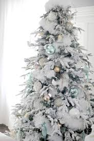 Flocked Christmas Trees Uk by 887 Best Christmas Tree Decorating Ideas Images On Pinterest
