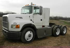 1995 Ford AeroMax L900 Day Cab Semi Truck | Item X9595 | SOL...